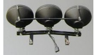 AUDI A6 98- Extraljusfäste för 3 lysen komplett med kabelsats