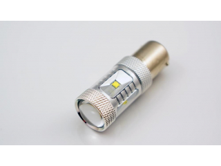 Diodlampa Canbus BA15S 6 x CREE med lins VIT 2 Pack